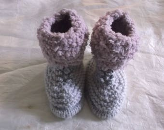 Booties knitted studs