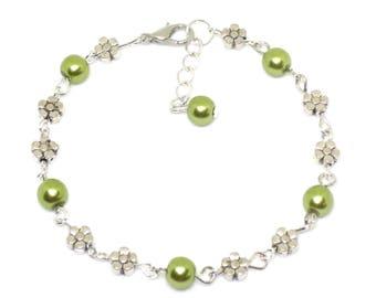 Daisy & Green Pearl Link Bracelet