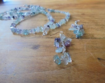FLUORITE CHIPS NECKLACE