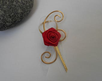 Lapel pin for wedding - red and gold