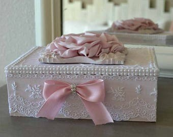 Box or casket jewelry shabby chic