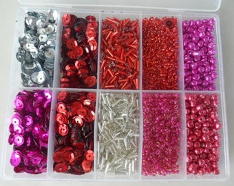 lot of beads and sequins + 10,000 pieces with storage box