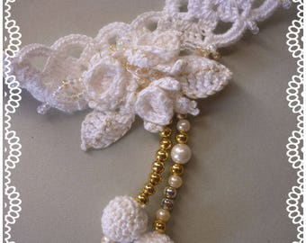 Jewelry: delicate Choker and earrings for bride or not