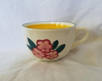 5 Stangl ware Mountain Laurel cups