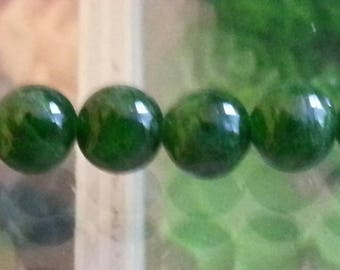 2 beads 6mm Green diopside, hole 1 mm