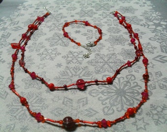 set (necklace and bracelet) warm and thin (red)