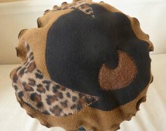 """Beautiful beret pattern """"ETOSHA"""" fleece quality"""