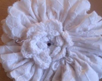 PIN to hang, white cotton flower