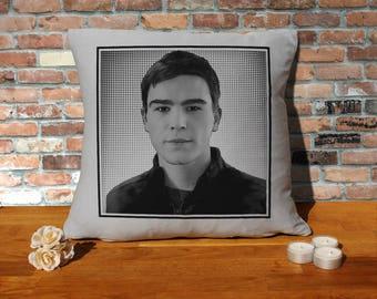 Josh Hartnett Pillow Cushion - 16x16in - Grey