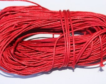 The meter 1 mm in diameter, red, waxed cotton thread