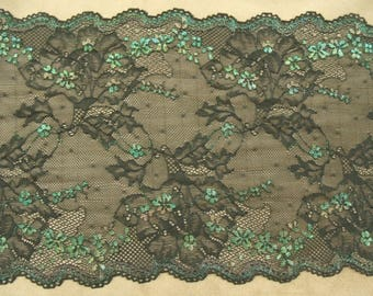 LACE of CALAIS - 24 cm - black surbrode Green