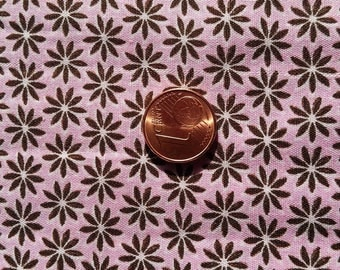 Fabric cotton printed small flowers pink & Brown (sold in 0.50 m)