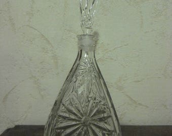 Vintage glass decanter / Glass decanter 26 cm x 11 cm