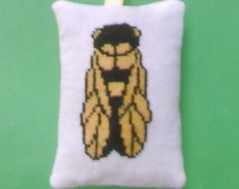 Hand - embroidered Lavender sachet cicada