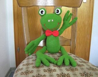Freddy the frog - crochet favorite