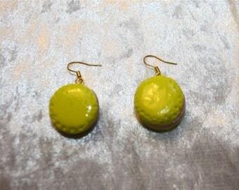 greed earrings