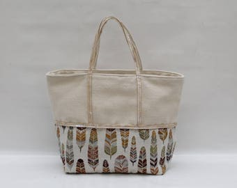 The linen Tote - bi-color Ecru cotton and printed feather with cream sequins