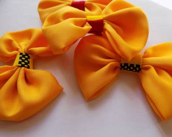 4 bow yellow color with a wax