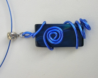 Blue metal necklace
