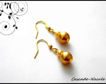 Gold Earrings gold bridal wedding Pearly beads