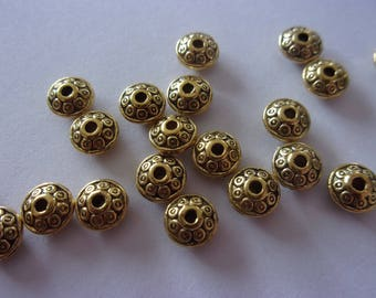 Set of 5 gold metal patterned - 7 x 5mm spacer beads
