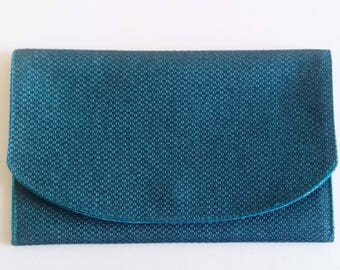 Magnetic pouch teal weave