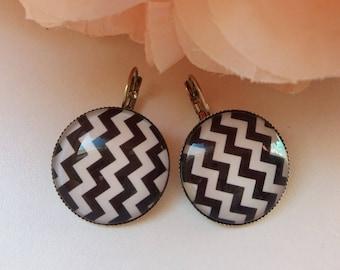 """""""ZIG ZAG"""" 25mm cabochons earrings"""