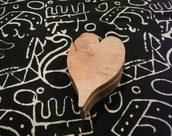 Tooth shaped heart wooden box