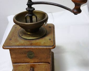French Vintage Coffee Grinder  coffee Mill. Moulin à café Ancien,coffee  Goldenberg & Cie 1940s'