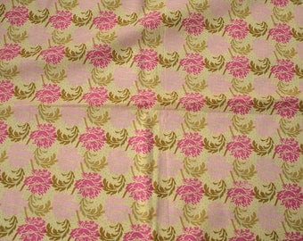 Cotton coupon small flleurs number 2, fuschia, pink, Khaki green on green soft - 113cm x 50cm - clothing, fashion accessories
