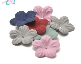 10 flowers in faux leather (suede) 30 mm assorted color
