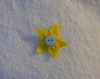 Blue button and yellow flower hair clip