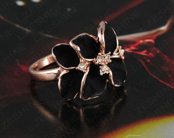 Delightful 18k Rose Gold with genuine Austrian Crystals, black or white flower ring