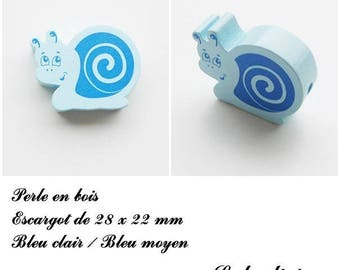 28 x 22 mm wood bead, Pearl flat snail: light blue / medium blue