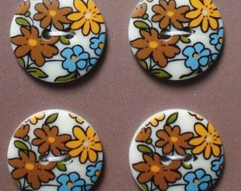 4 buttons liberty fancy large beige flowers 18 mm - 4 buttons sewing beige big flower - button flowers white background