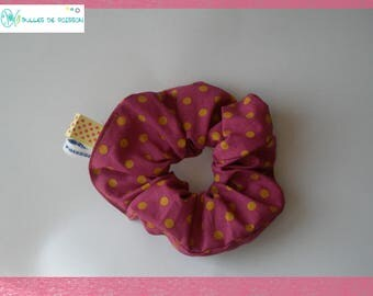 "elastic scrunchie ""spotted curry and raspberry"""