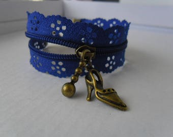 Blue flower zipper bracelet