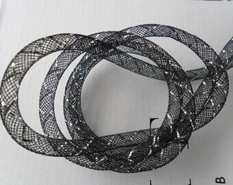 1 m FishNet tubular diameter 8 mm black and striped silver