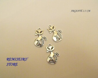 Set of 3 cat pendants charms silver 25 mm