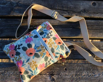 Crossbody bag flower pattern zipper messenger blue print