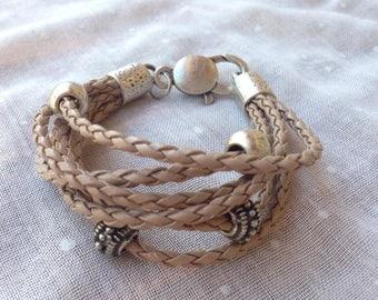 Bracelet leather beige tone