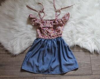 Dress ties Kaitlynn