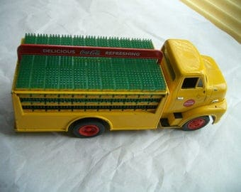 1953 Ford C500 ERTL Coca Cola Bank Truck Diecast