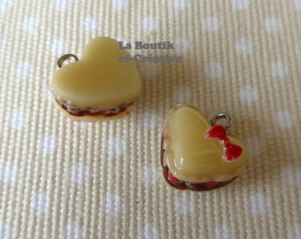 Yummy cake heart charm in resin 18mm