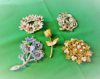 Vintage Lot of 5 Brooches/Pins