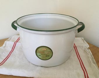 White Savoryware enamelware stock pot