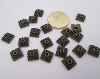 Lot de 20 coupelles carré en métal bronze 10 mm