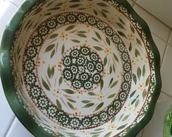Temp-Tations presentable oven ware old world pattern casserole dish,  from oven to table, green casserole dish,  green baking plate