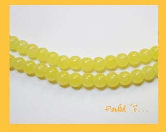 beads 6 mm Green yellow straw opalescent glass