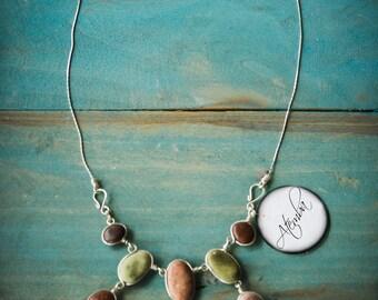 Necklace earth tones 9 stones